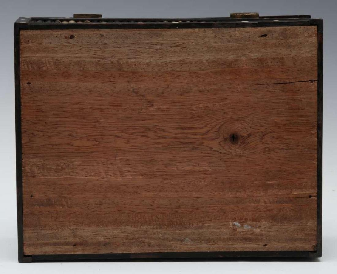 AN ANGLO-INDIAN INLAID PORCUPINE QUILL TRINKET BOX - 8