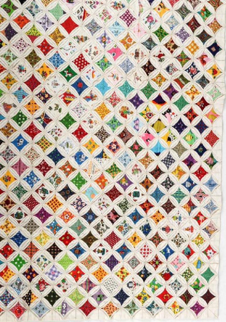 A VERY FINE VINTAGE 'CATHEDRAL WINDOW' QUILT - 4
