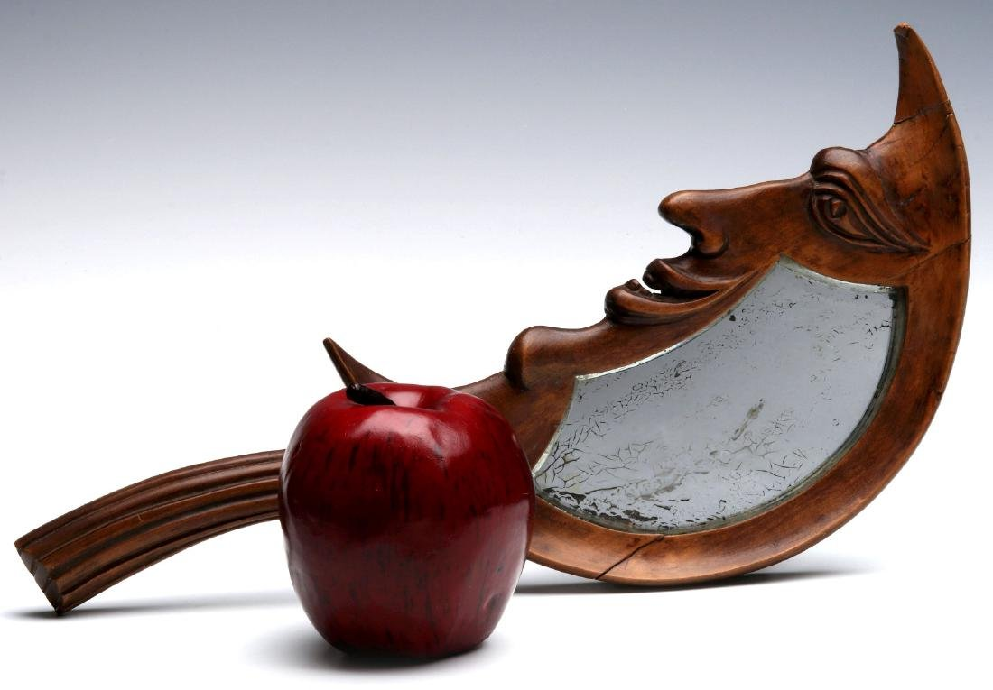 AN EARLY 20TH C. CARVED CRESCENT MOON HAND MIRROR - 2