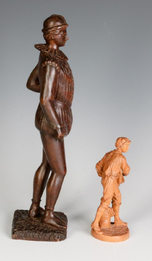 INTERESTING 19TH & 2OTH CENT CARVED WOOD FIGURINES - 5