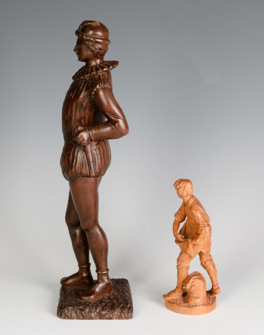 INTERESTING 19TH & 2OTH CENT CARVED WOOD FIGURINES - 7