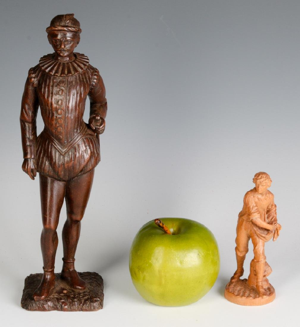 INTERESTING 19TH & 2OTH CENT CARVED WOOD FIGURINES - 8