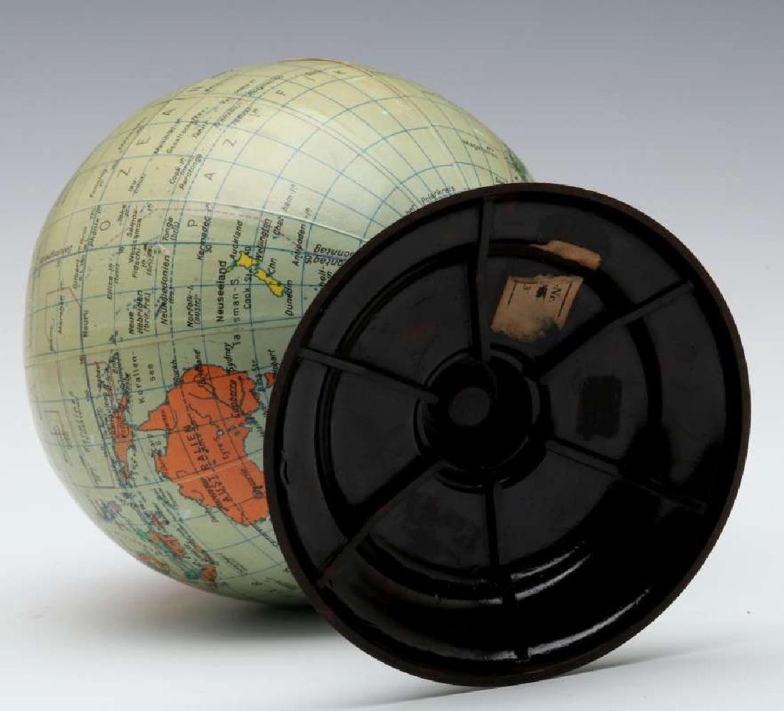 A MID 20TH C. GERMAN DESKTOP TERRESTRIAL GLOBE - 9