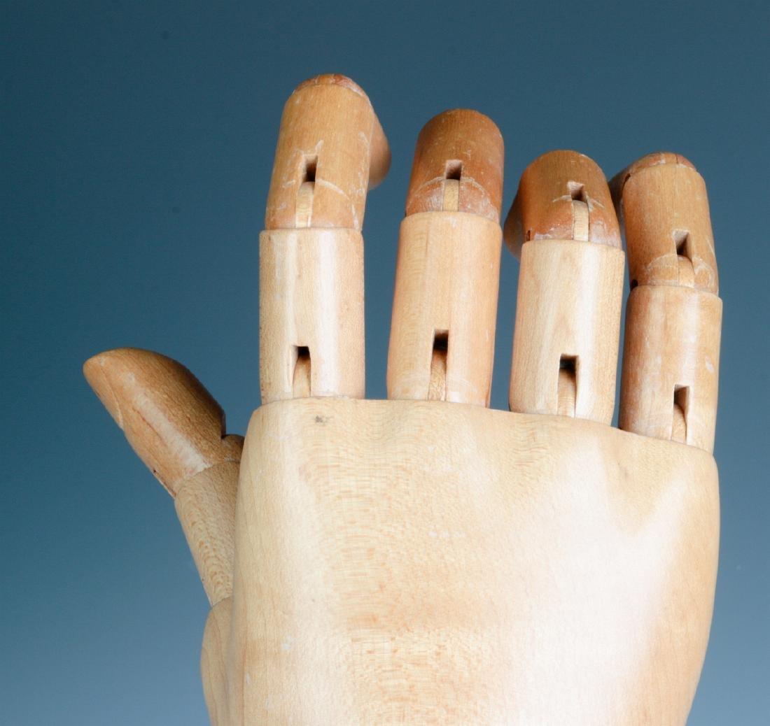 A DENTS ARTICULATED GLOVE HAND MANNEQUIN - 10