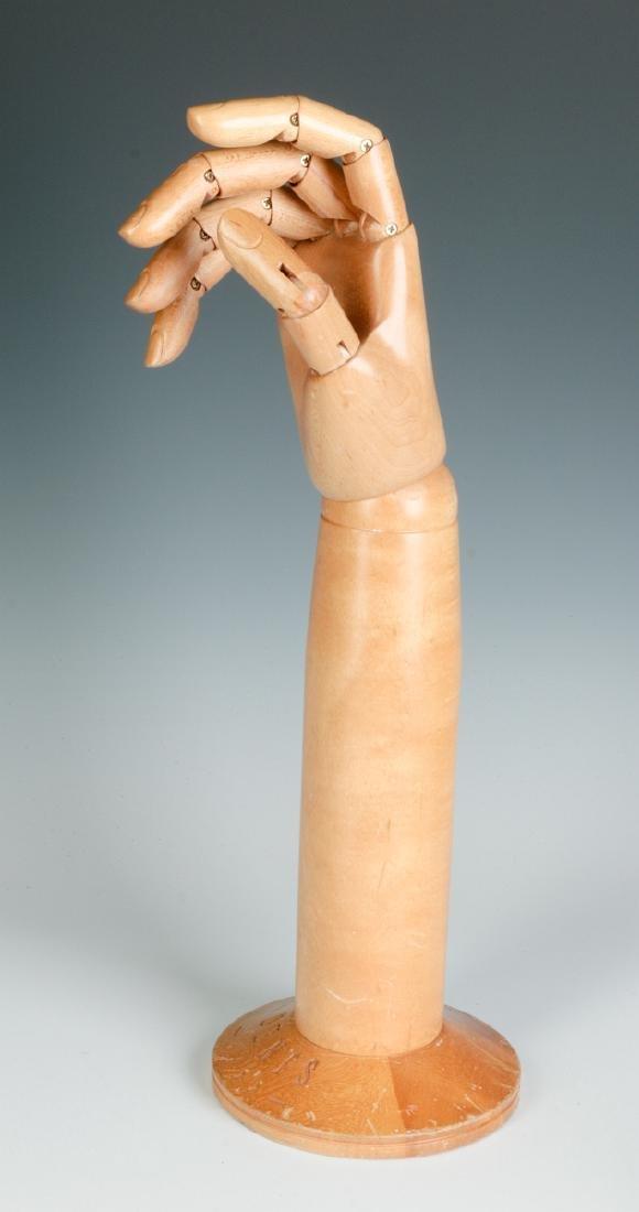 A DENTS ARTICULATED GLOVE HAND MANNEQUIN - 3