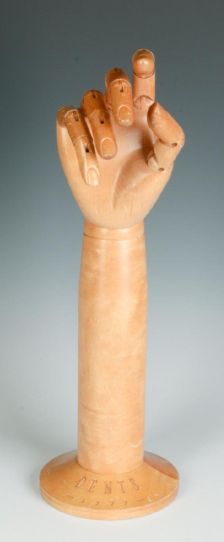 A DENTS ARTICULATED GLOVE HAND MANNEQUIN - 4