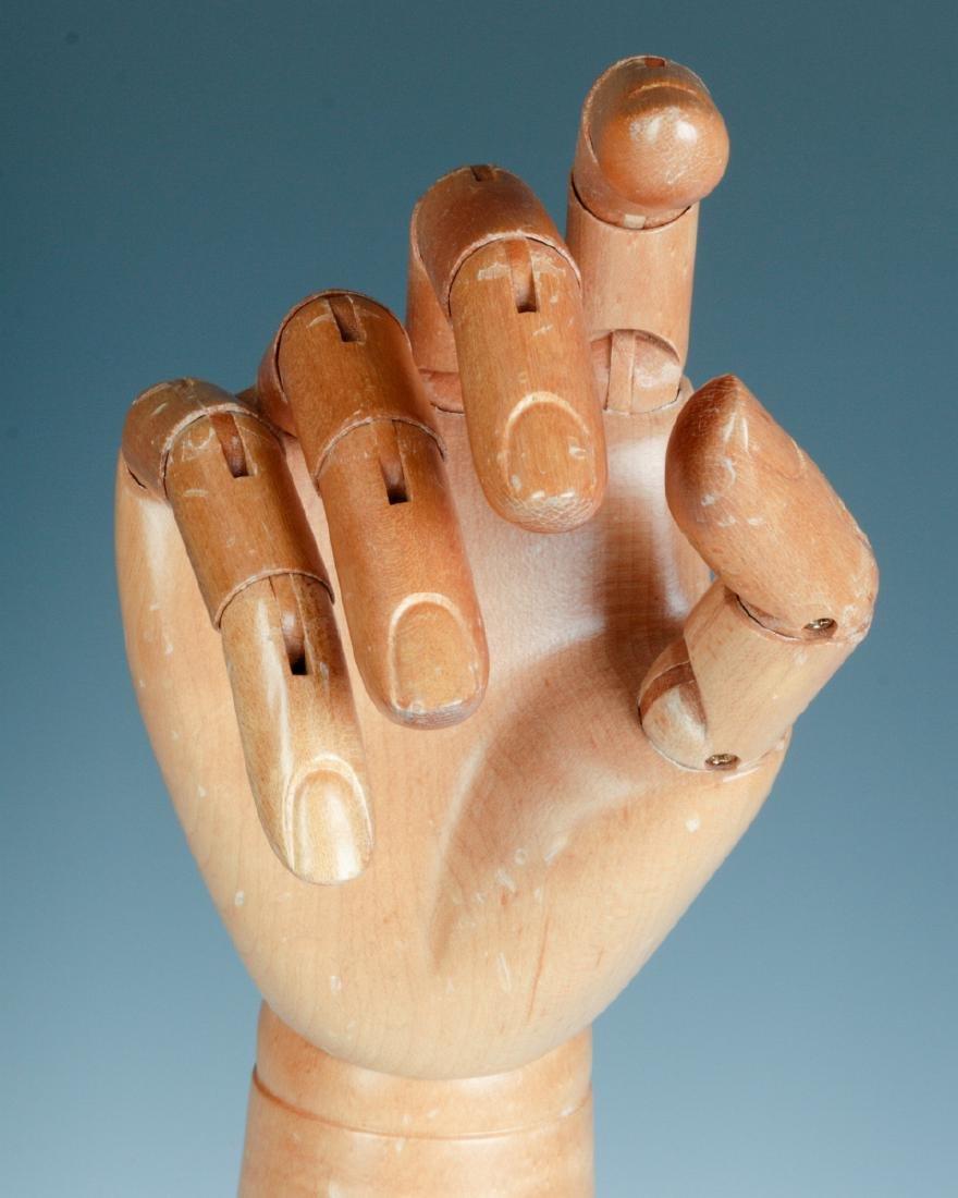 A DENTS ARTICULATED GLOVE HAND MANNEQUIN - 5