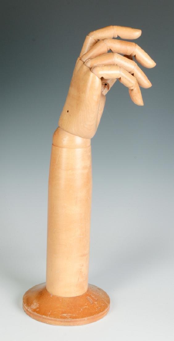 A DENTS ARTICULATED GLOVE HAND MANNEQUIN - 7