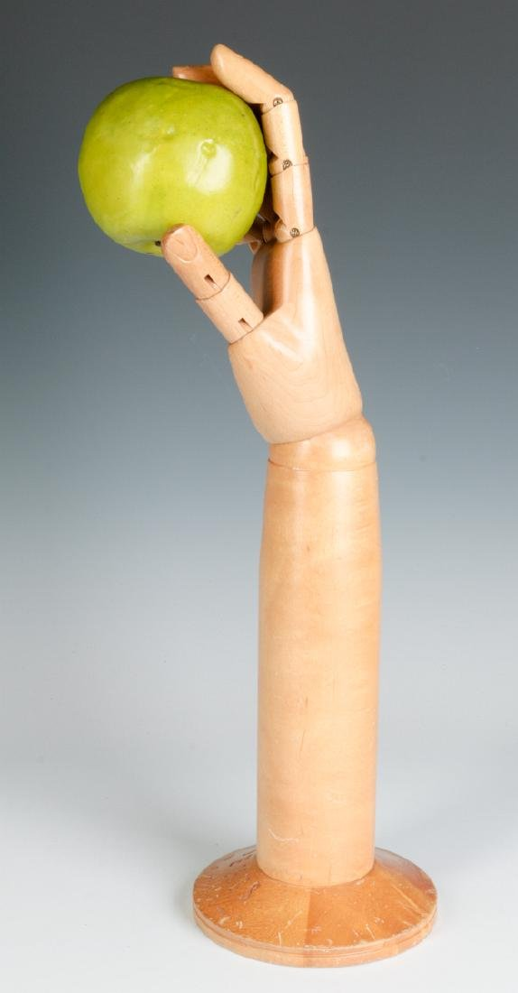 A DENTS ARTICULATED GLOVE HAND MANNEQUIN - 9