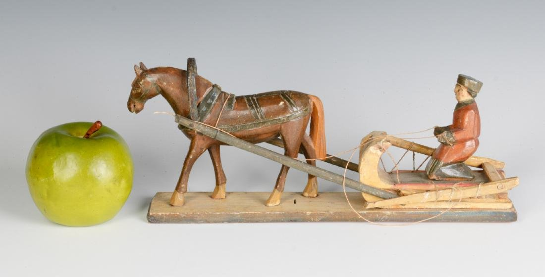 AN EARLY 20TH CENTURY EUROPEAN WOOD CARVING - 4