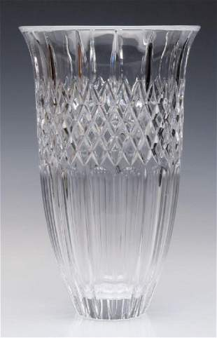 A WATERFORD MARQUIS SHELTON 12INCH VASE WITH BOX