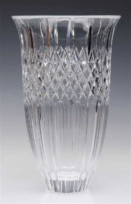 A Waterford Marquis Shelton 12 Inch Vase With Box