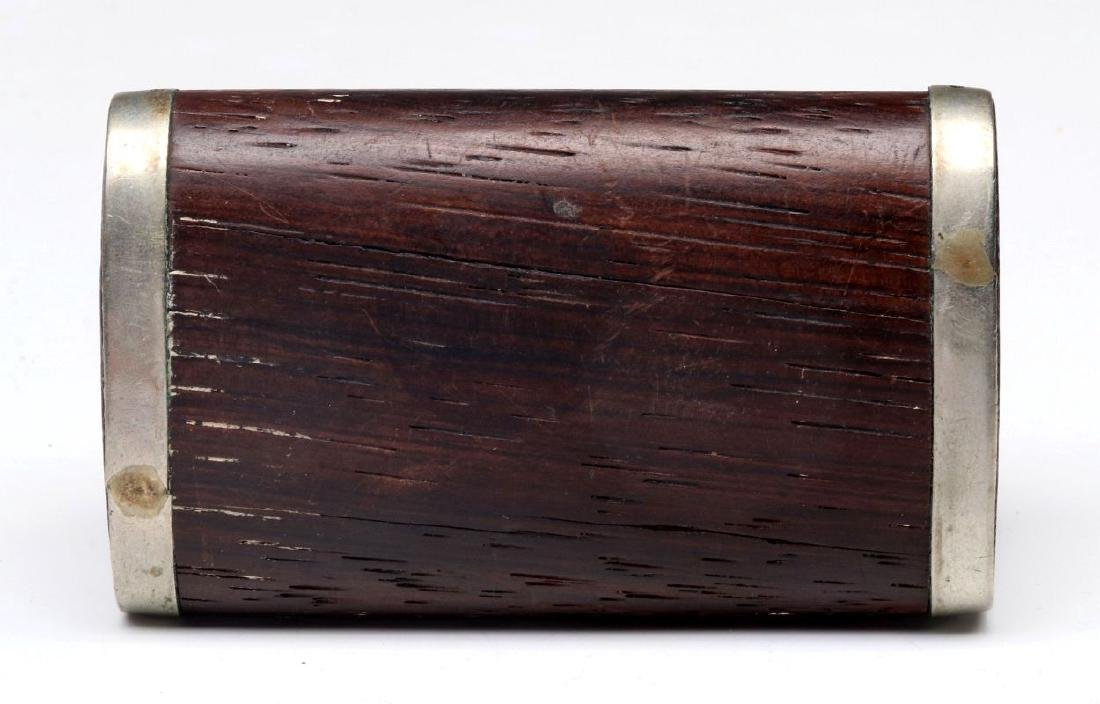 AN ANTIQUE FRENCH WALNUT SNUFF BOX WITH OVERLAY - 7