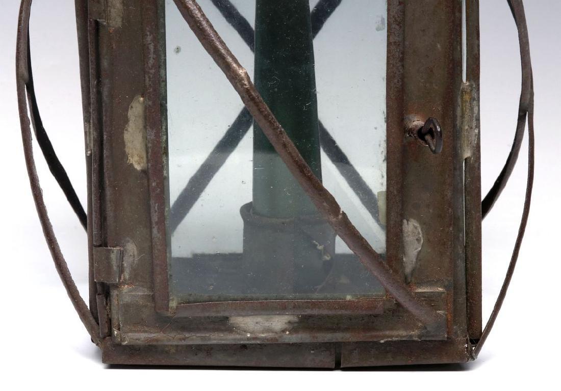 A 19TH CENTURY PIERCED TIN CANDLE LANTERN - 4