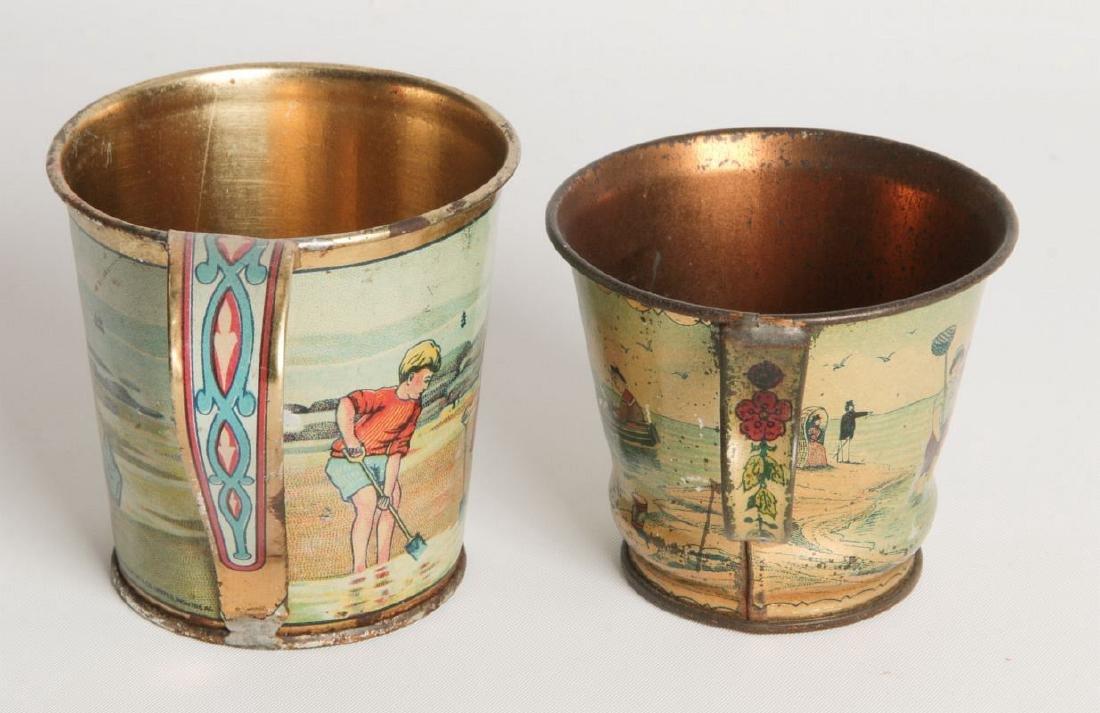 A PAIR CIRCA 1900 TIN LITHO CHILD'S CUPS - 3