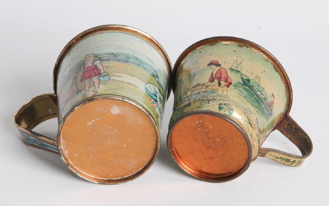 A PAIR CIRCA 1900 TIN LITHO CHILD'S CUPS - 4