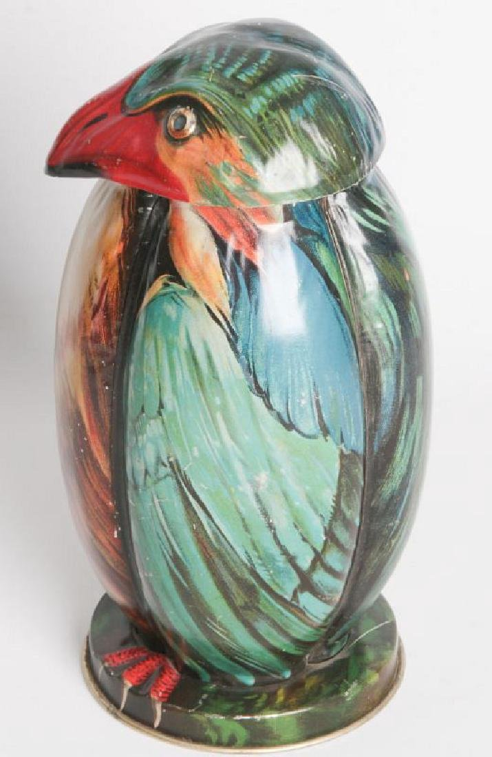 A BLUE BIRD TIN LITHO BISCUIT TIN CIRCA 1911 - 4