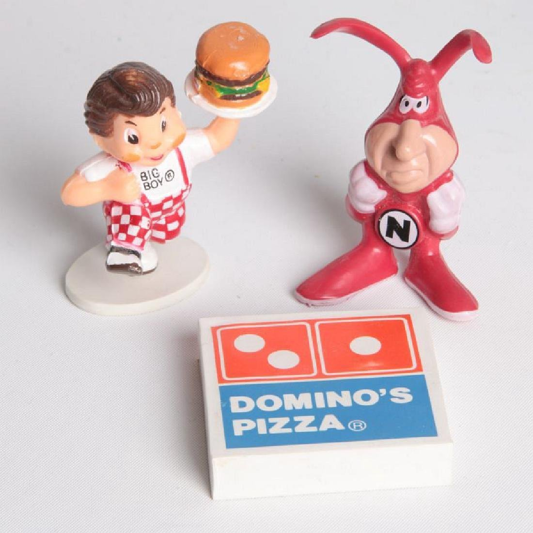 SEVEN FAST FOOD AND PIZZA ADVERTISING MASCOTS - 9