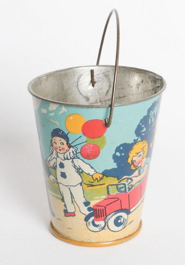 A CIRCA 1920 MINIATURE TIN LITHO CHILD'S SAND PAIL - 3