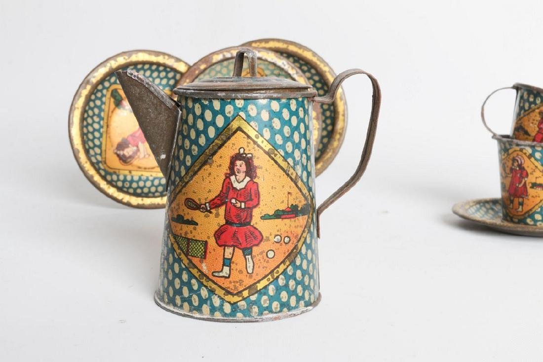 A SCARCE TENNIS PLAYING THEME TIN LITHO TEA SET - 3