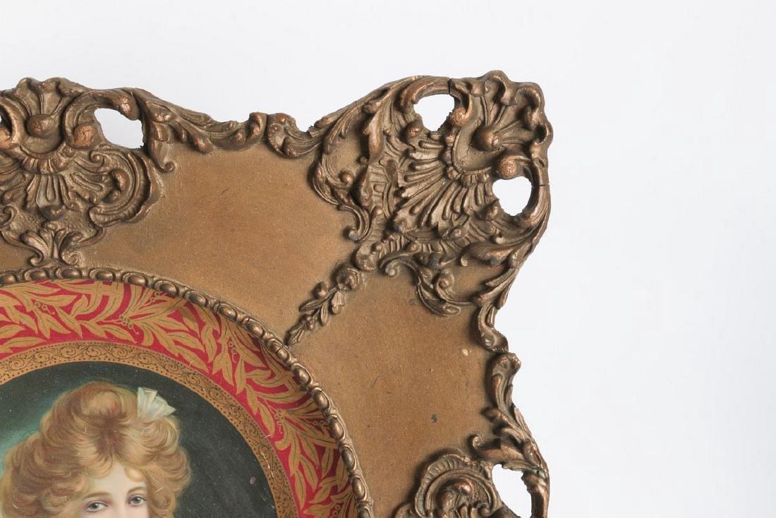 AN ORNATELY FRAMED TIN LITHO VIENNA ART PLATE - 3