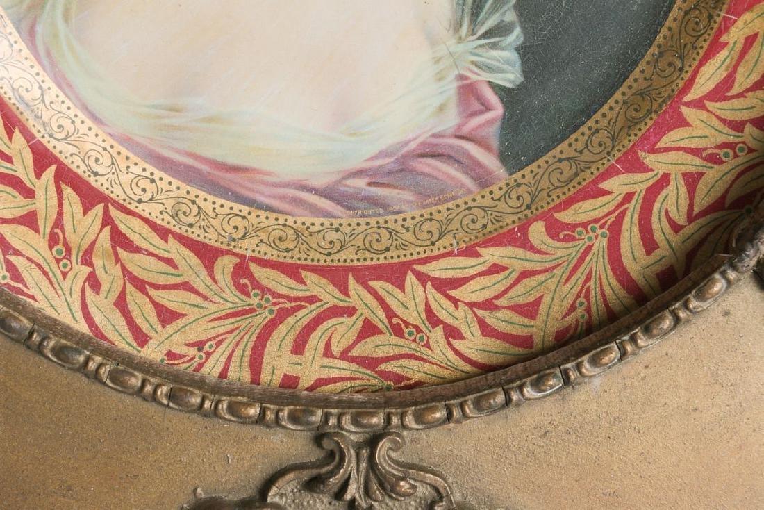 AN ORNATELY FRAMED TIN LITHO VIENNA ART PLATE - 7