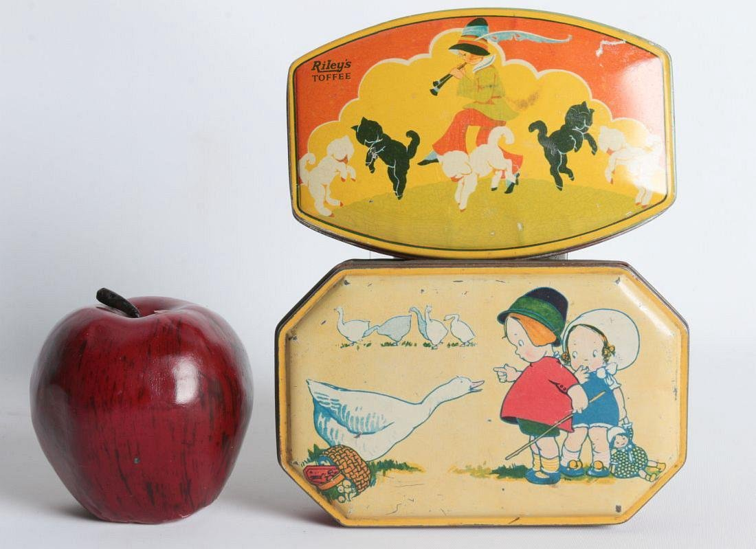 A PAIR OF TIN LITHO TOFFEE TINS - 4