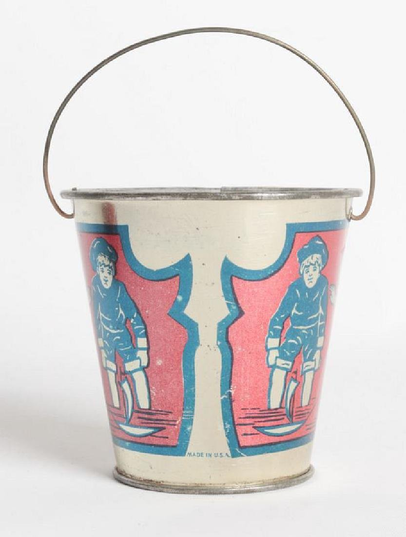 A GOOD VICTORIAN MINIATURE TIN LITHO CHILD'S PAIL - 2