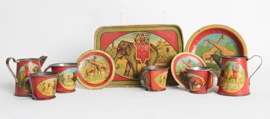 A 1910s CIRCUS/AFRICAN ANIMAL THEME TIN LITHO SET