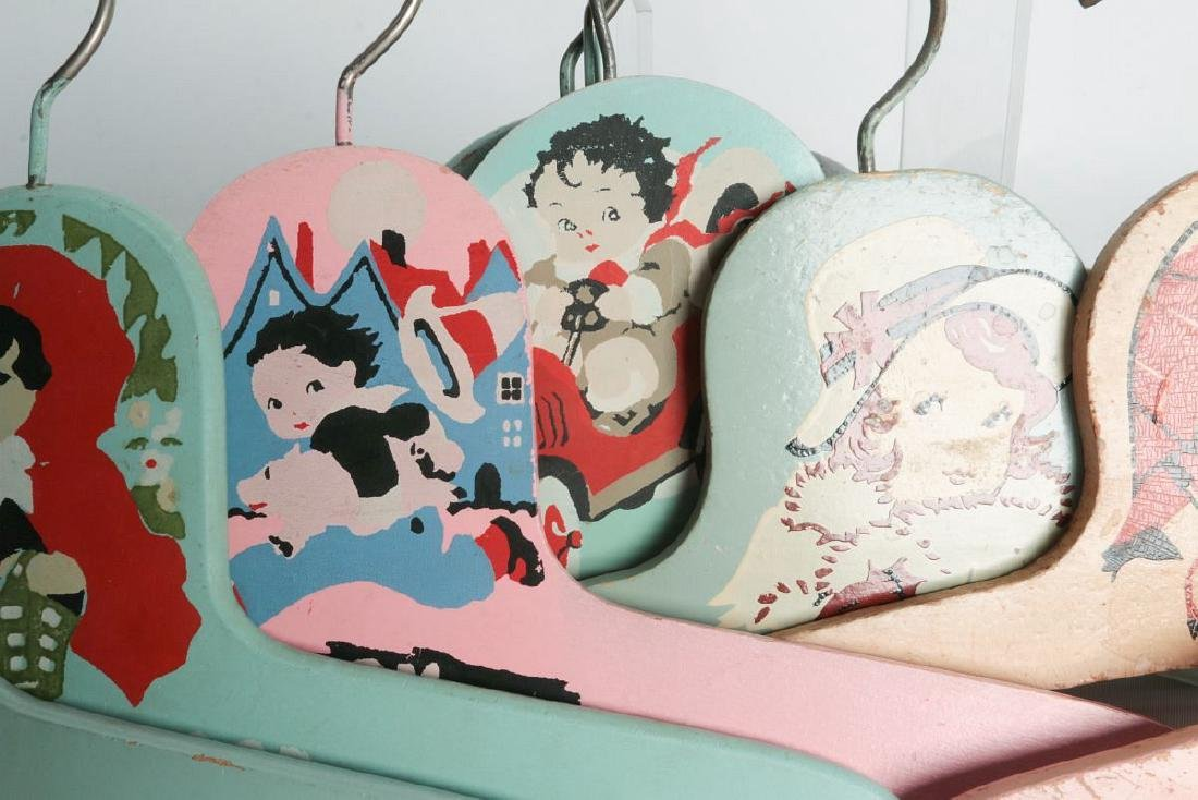 PAINTED 1920s CHILD'S CLOTHES HANGERS WITH FIGURES - 5