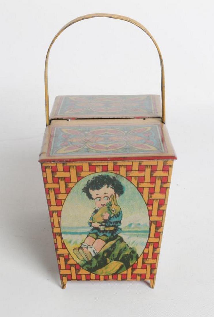 A 'PICNIC BASKET' CHILD'S TIN LITHO LUNCH TIN - 2
