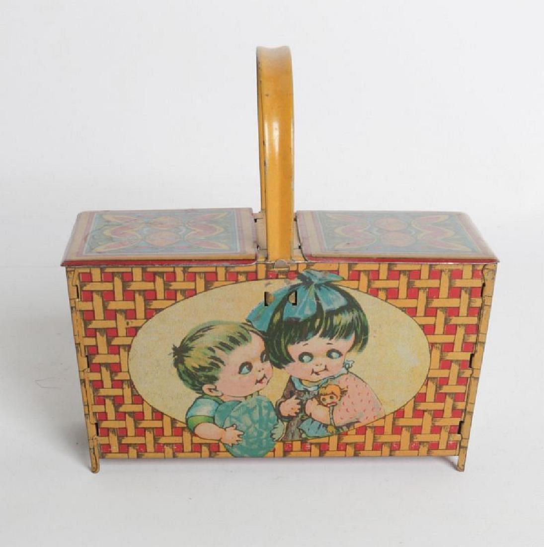 A 'PICNIC BASKET' CHILD'S TIN LITHO LUNCH TIN - 3