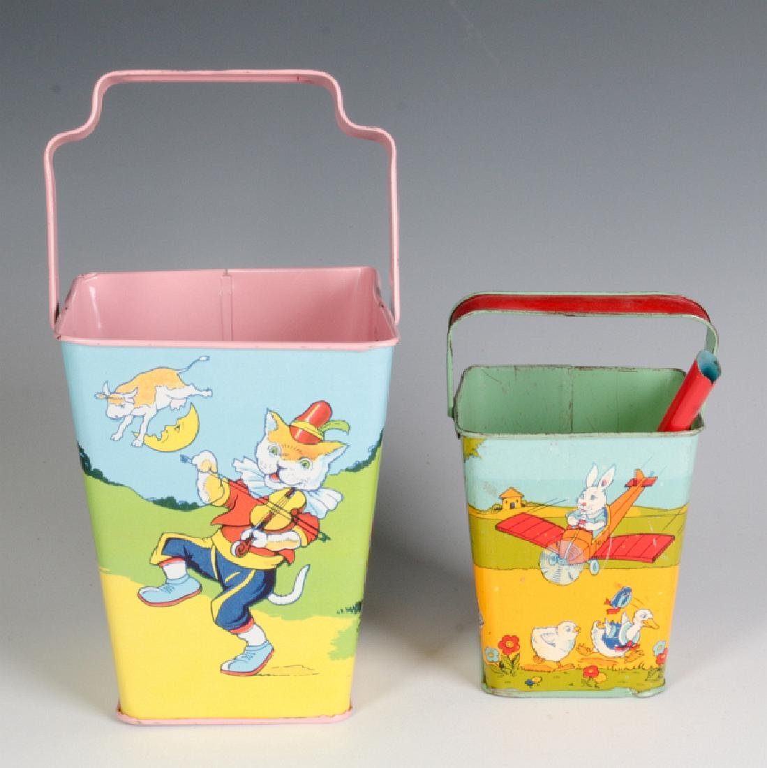 TWO GOOD SQUARE SAND PAILS AND SHOVEL SIGNED CHEIN - 4
