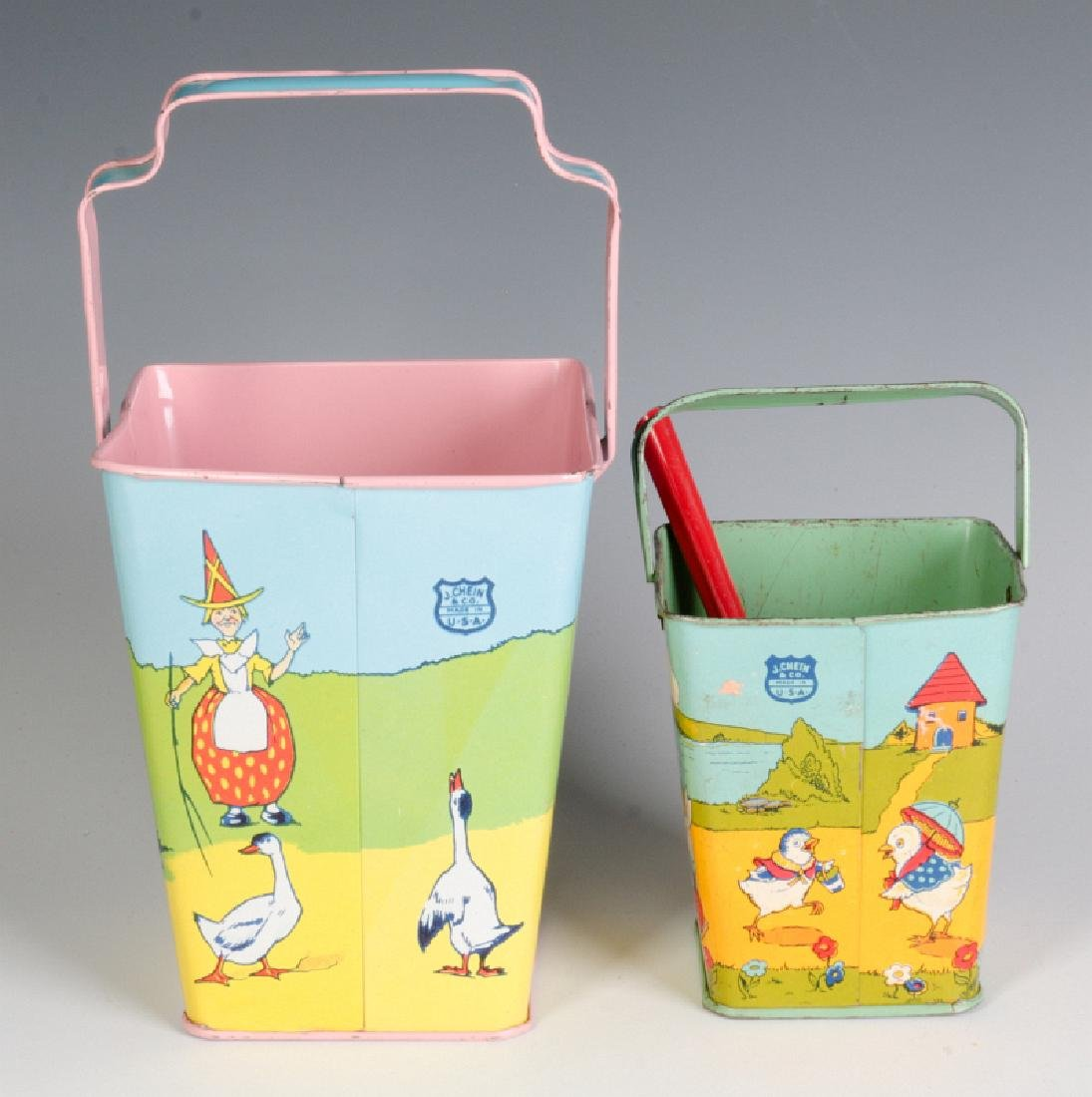 TWO GOOD SQUARE SAND PAILS AND SHOVEL SIGNED CHEIN - 6