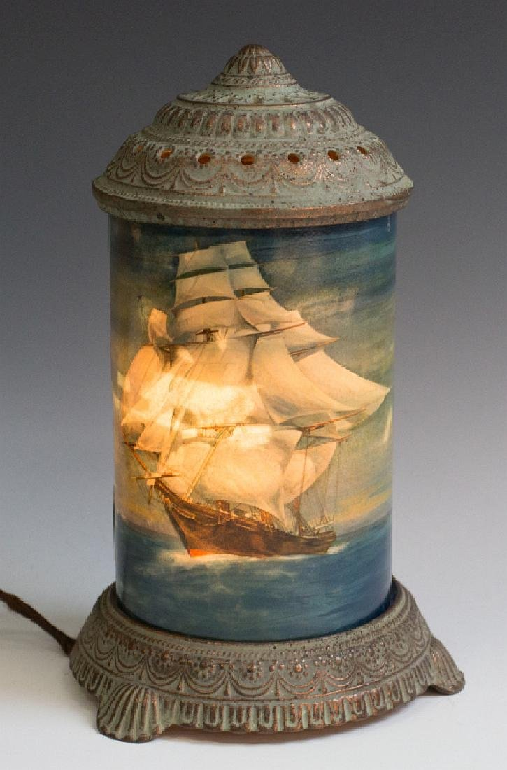 CIRCA 1930 MOTION LAMP WITH A NAUTICAL SCENE - 9
