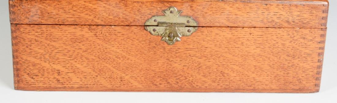 A GOOD OAK BOX WITH FERRY FLOWER SEED ADVERTISING - 3