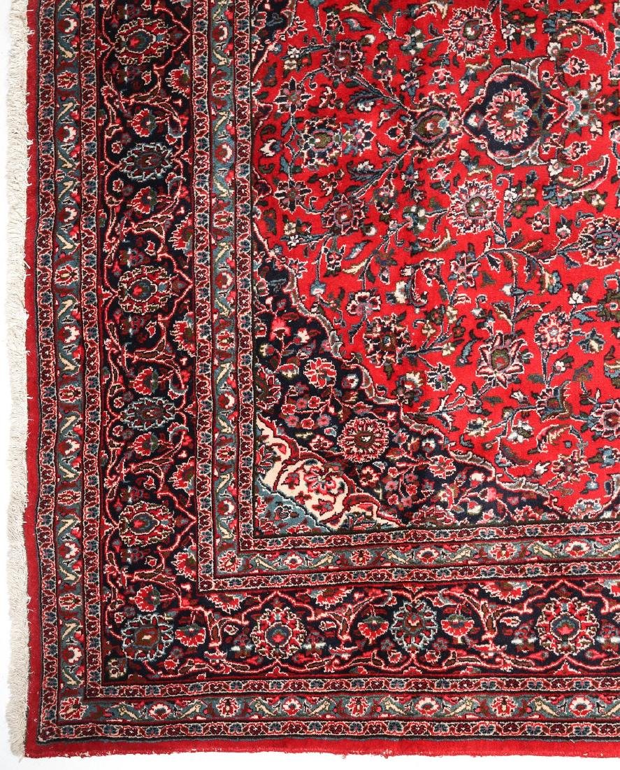A LATE 20TH CENTURY INDO-PERSIAN ROOM SIZE RUG - 4