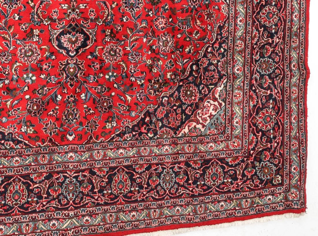 A LATE 20TH CENTURY INDO-PERSIAN ROOM SIZE RUG - 7