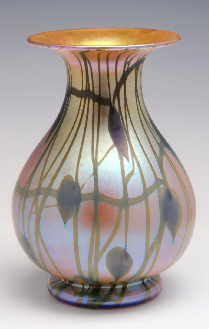 DURAND HEARTS AND VINES ART GLASS VASE