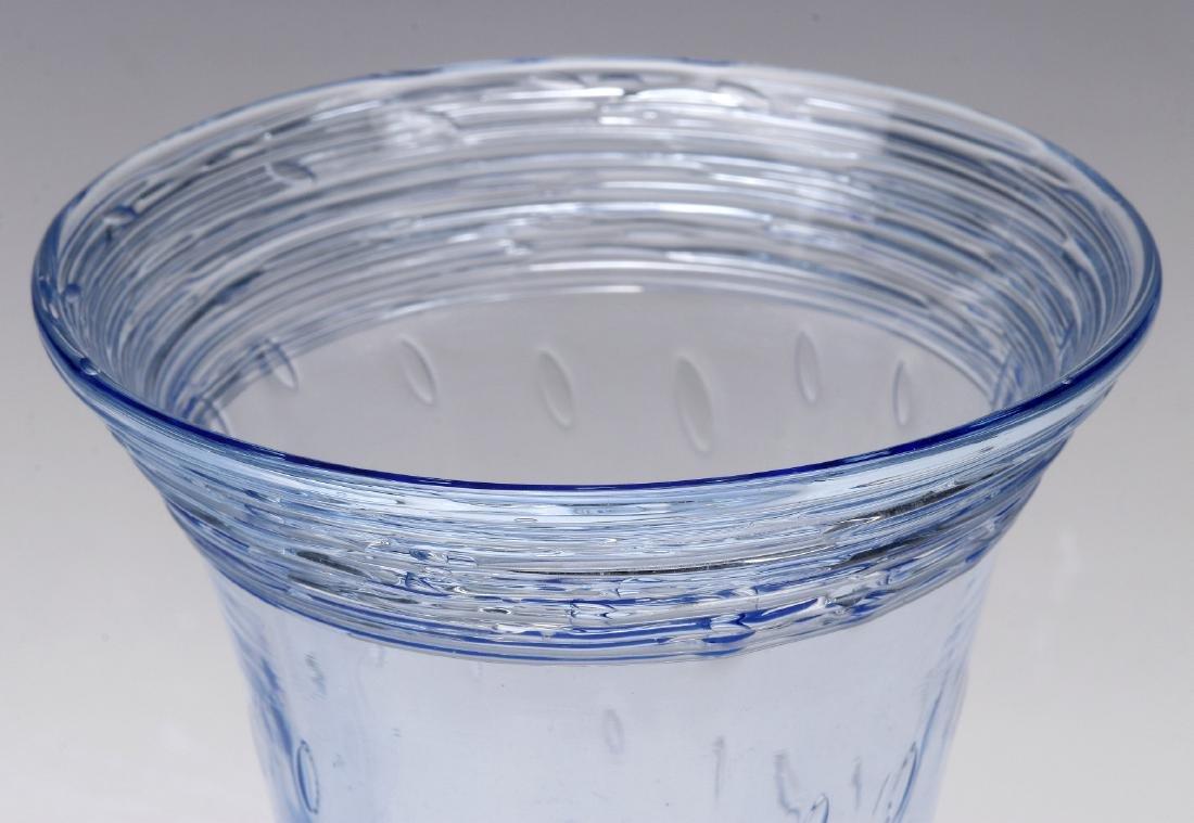 A SET OF STEUBEN ART GLASS PARFAIT GLASSES - 5