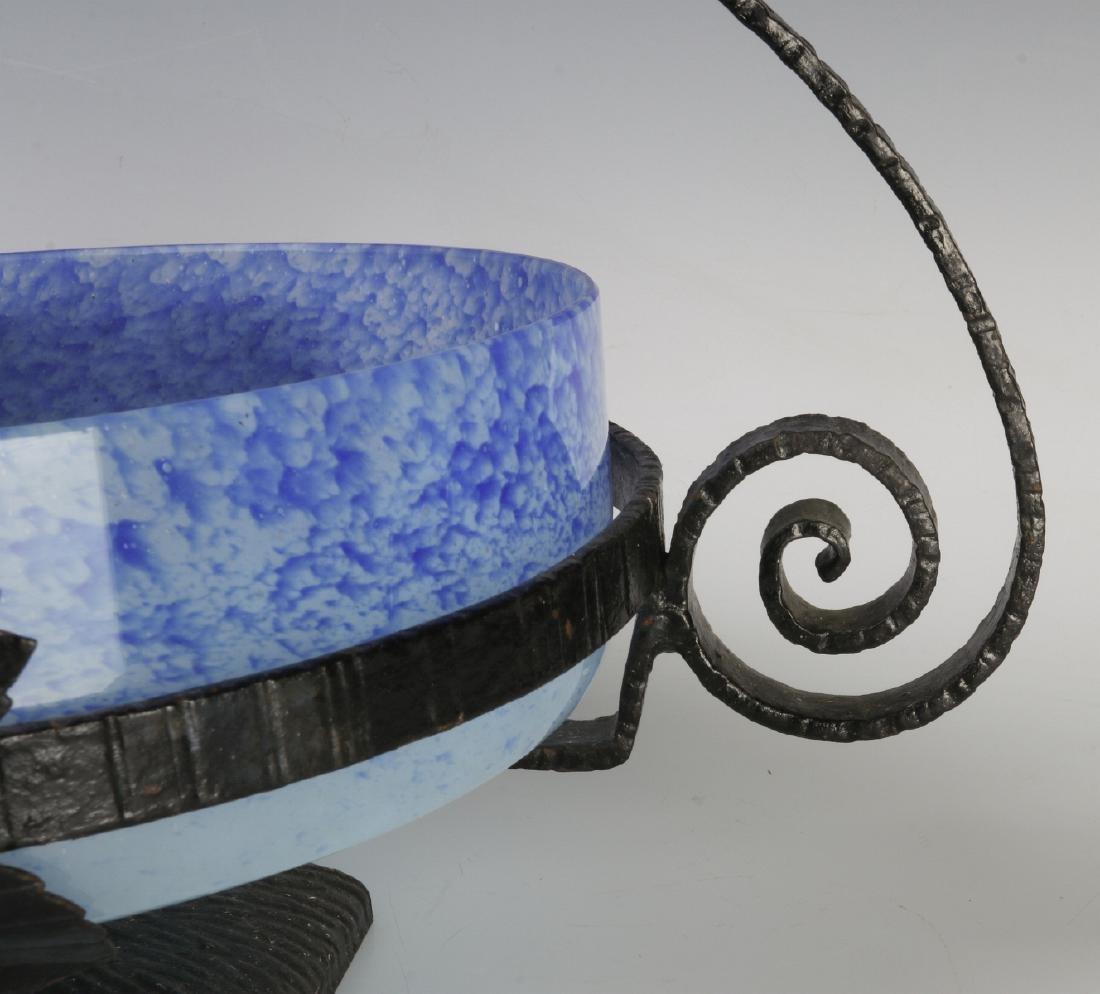A SCHNEIDER ART DECO ART GLASS CENTERPIECE IN IRON - 2