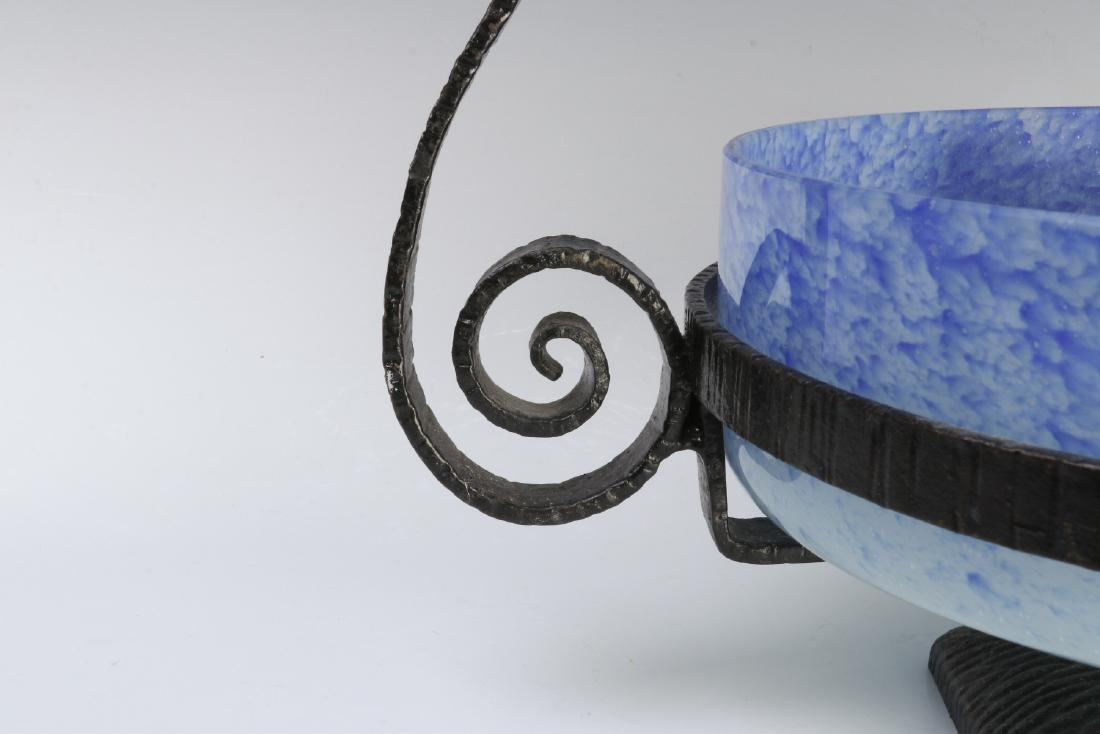 A SCHNEIDER ART DECO ART GLASS CENTERPIECE IN IRON - 4