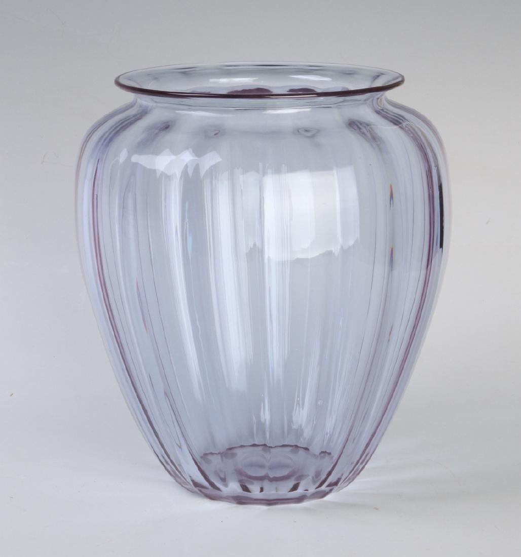 A STEUBEN ART GLASS VASE IN RARE COLOR 'WISTERIA'
