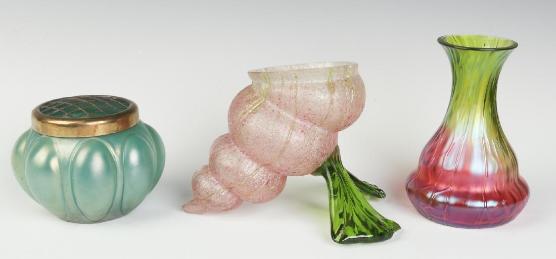 A THREE-PIECE LOT OF AUSTRIAN ART GLASS