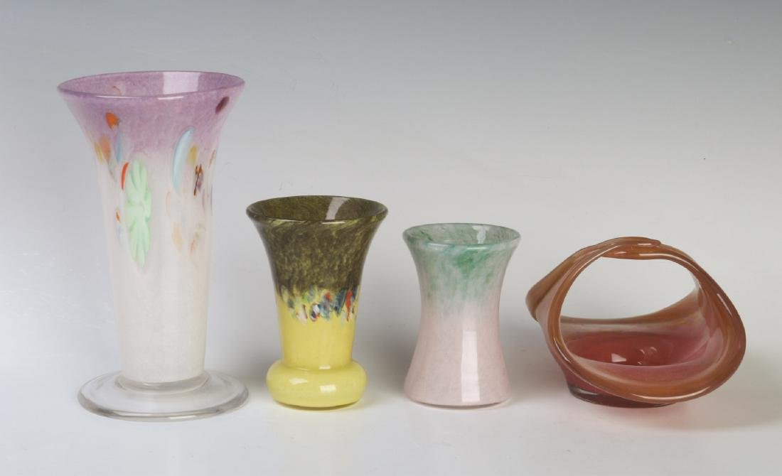 A COLLECTION OF VASART ART GLASS CABINET VASES - 2