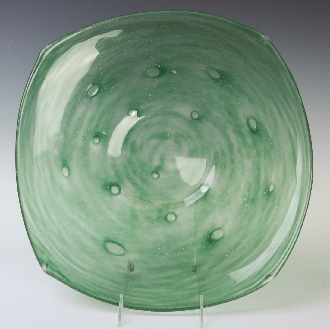 A SCHNEIDER ART GLASS CHARGER - 3