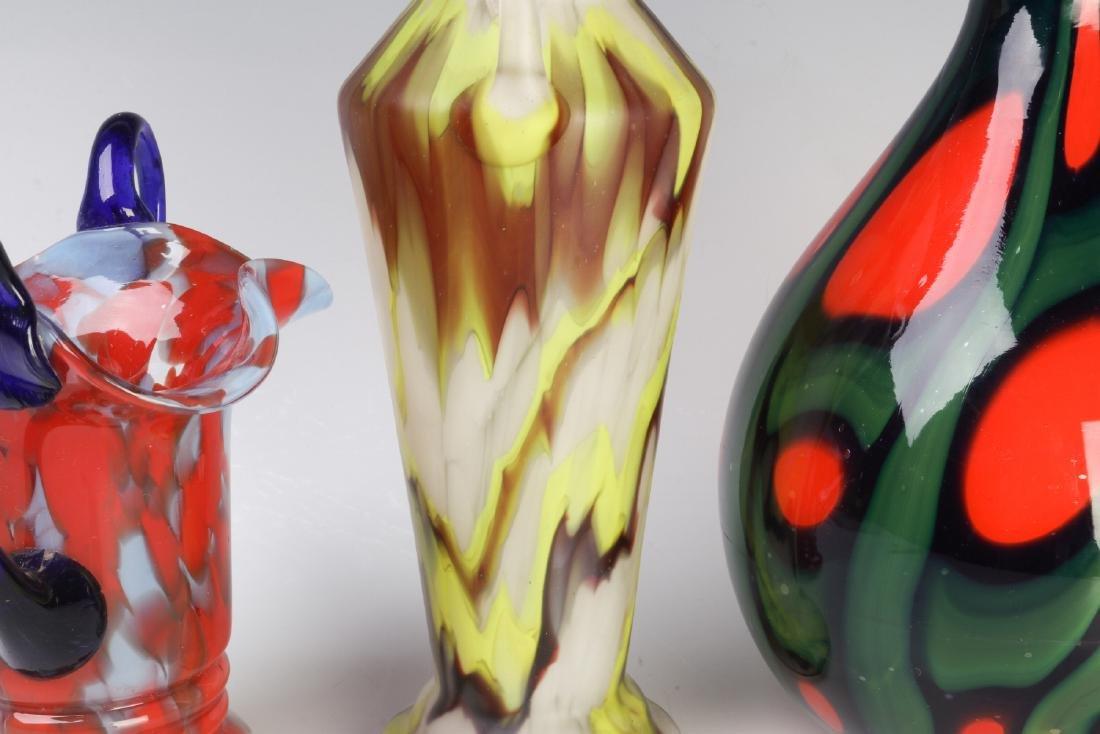 A COLLECTION OF CZECH ART GLASS - 5