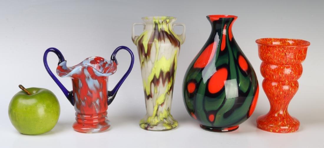 A COLLECTION OF CZECH ART GLASS - 7