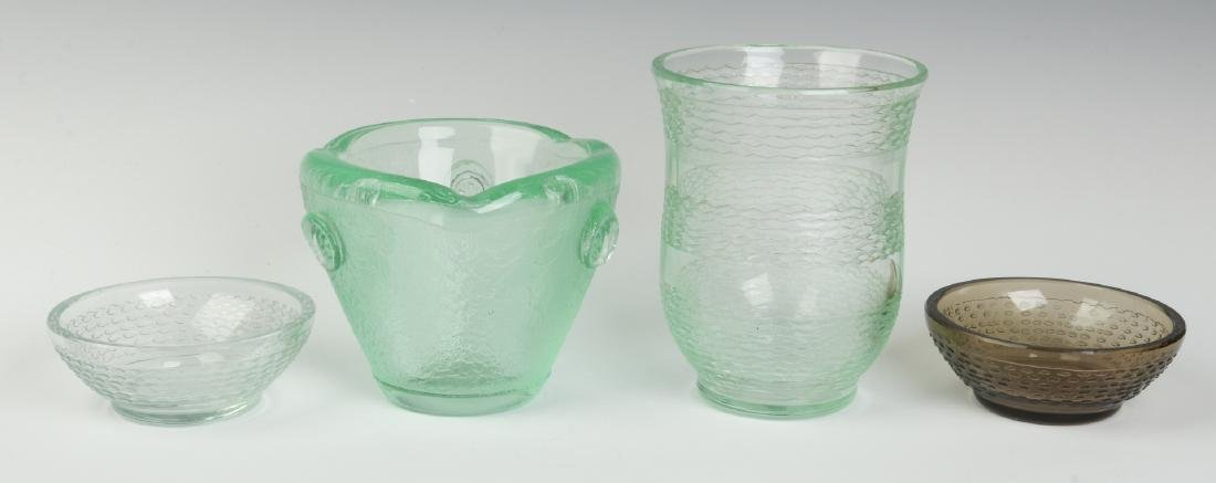 CIRCA 1930s ART GLASS BY DAUM, NANCY