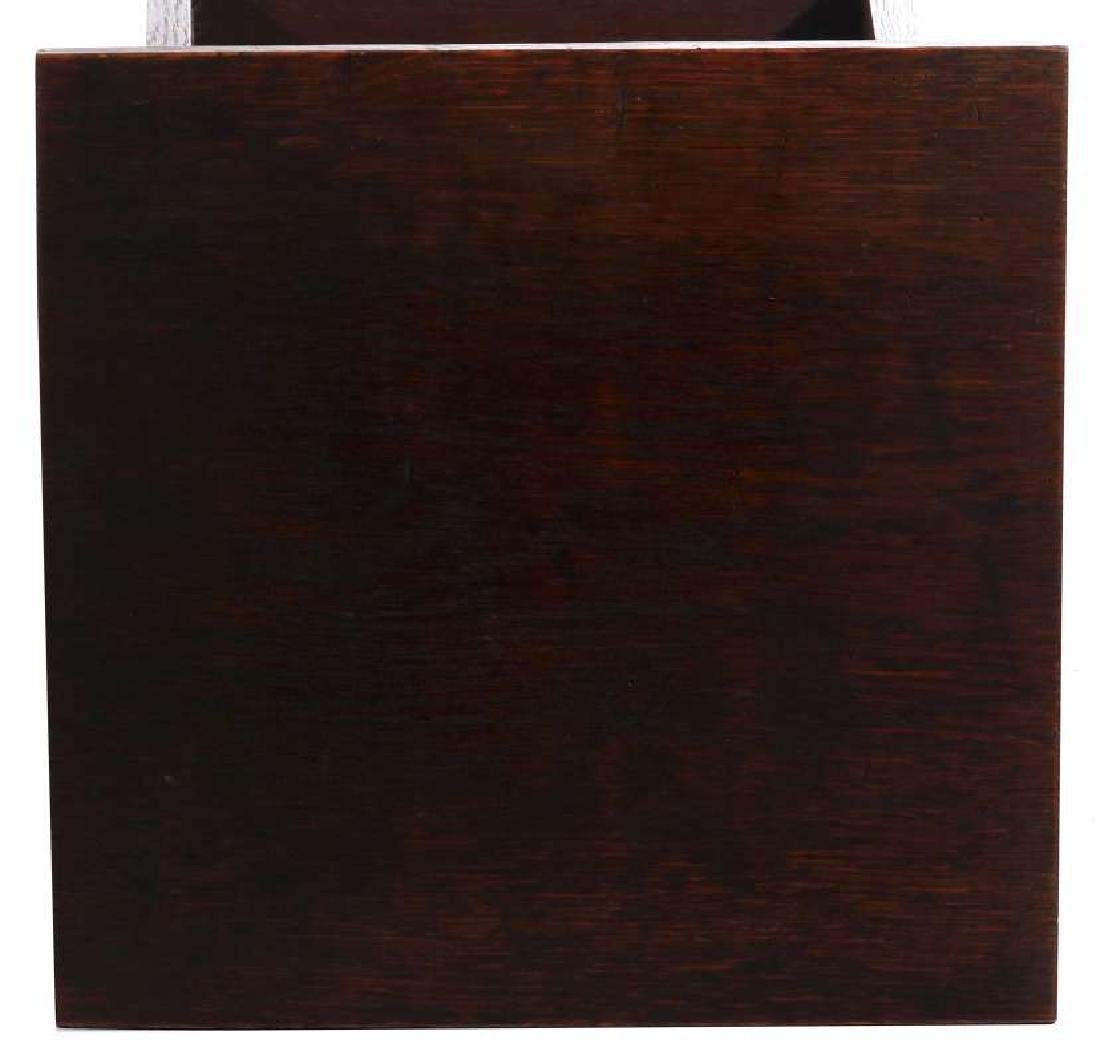 A CIRCA 1900 OAK ARTS AND CRAFTS MAGAZINE STAND - 9